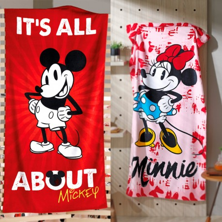Kit Com 2 Toalhas Grandes Mickey e Minnie Mouse Disney
